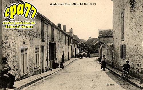 Andrezel - La Rue Basse
