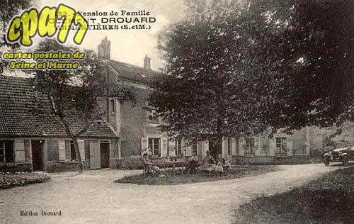 Armentières En Brie - Pension de Famille - Clément Drouard