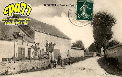 Aubepierre Ozouer Le Repos - Bonfruit - Sortie du Pays