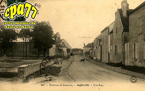 Aufferville - Une Rue, environs de Nemours