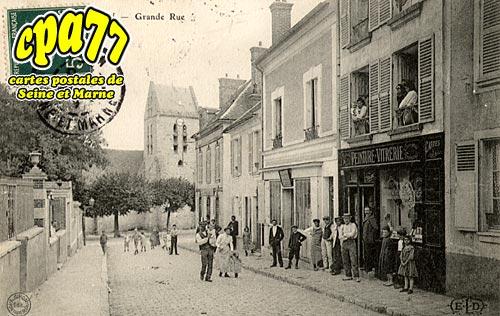 Avon - Grande Rue