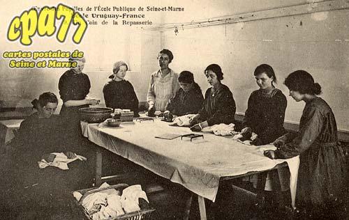 Avon - Œuvre des Pupilles de l'Ecole Publique de Seine-et-Marne - Ecole Uruguay-France - 9. Un Coin de la Repasserie