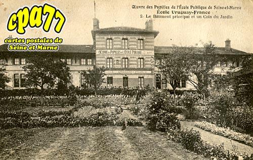 Avon - Œuvre des Pupilles de l'Ecole Publique de Seine-et-Marne - Ecole Uruguay-France - Le Bâtiment principal ey un coin du Jardin