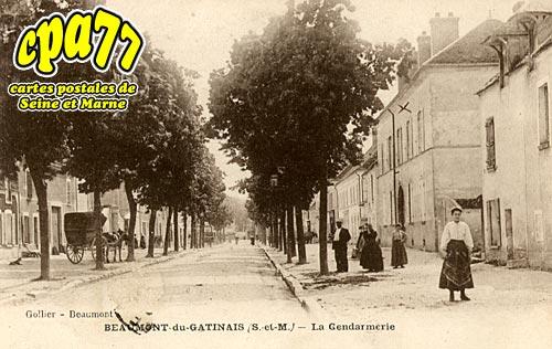 Beaumont Du Gâtinais - La Gendarmerie