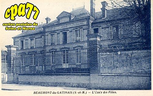 Beaumont Du Gâtinais - L'Ecole des Filles