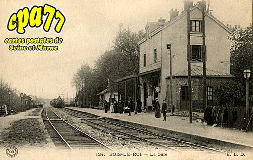 Bois Le Roi - La Gare