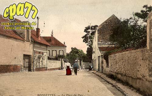 Boissettes - La Place du Pavé