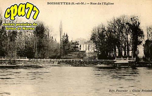 Boissettes - Rue de l'Eglise