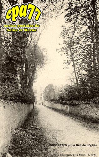 Boissettes - La Rue de l'Eglise