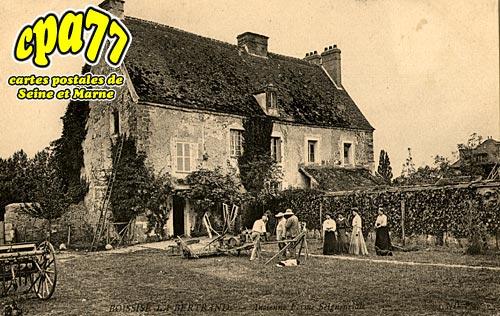 Boissise La Bertrand - Ancienne Ferme Seignenriale