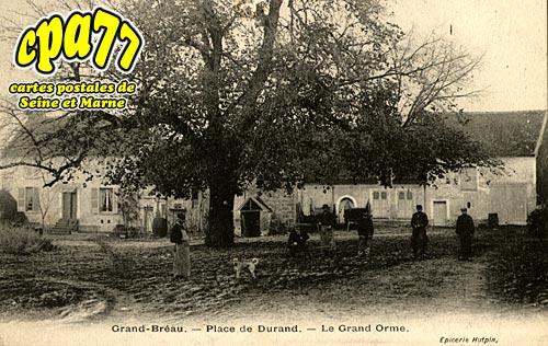 Bréau - Place de Durand - Le Grand Orme