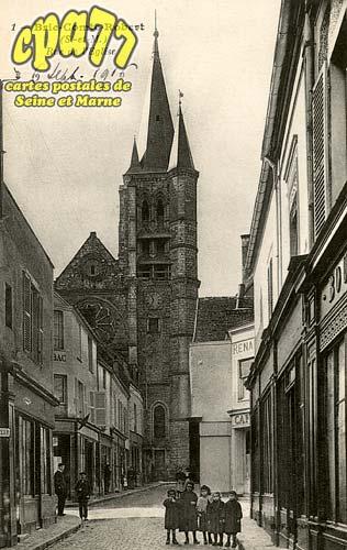 Brie Comte Robert - Rue de l'Eglise