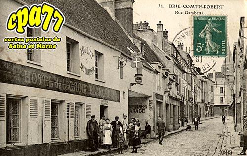 Brie Comte Robert - Rue Gambetta