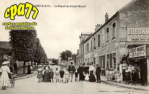 Brie Comte Robert - Le Départ du Circuit Briard
