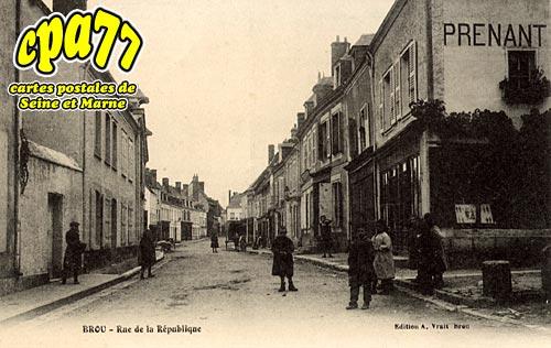 Brou Sur Chantereine - Rue de la République