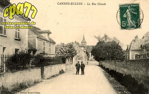 Cannes écluse - La Rue Chaude