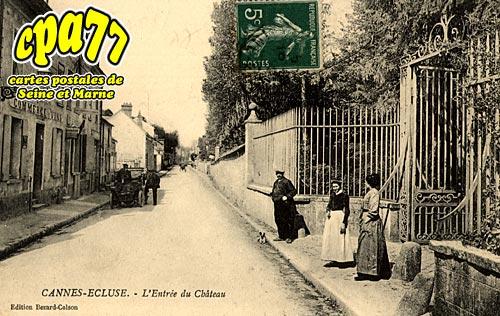 Cannes écluse - L'Entrée du Château