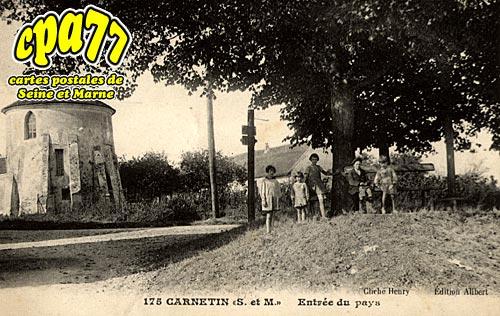 Carnetin - Entrée du Pays