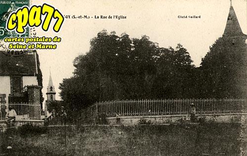 Cessoy En Montois - La Rue de l'Eglise