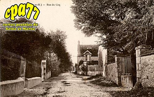 Cessoy En Montois - Rue du Coq