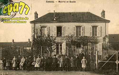 Cessoy En Montois - Mairie et Ecole
