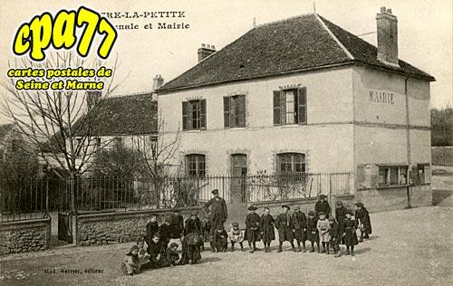 Chalautre La Petite - Ecole Communale et Mairie