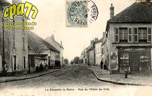 La Chapelle La Reine - Rue de l'Hôtel-de-Ville