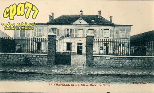 La Chapelle La Reine - Hôtel de Ville