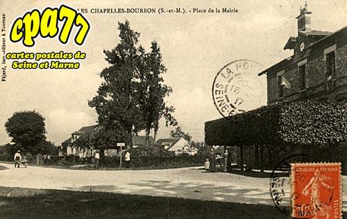 Les Chapelles Bourbon - Place de la Mairie