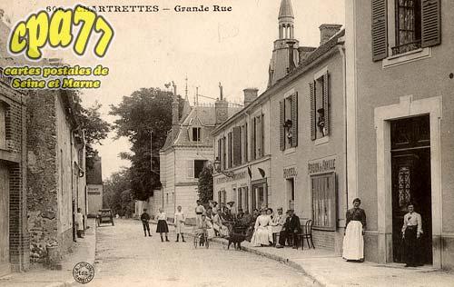 Chartrettes - Grande Rue