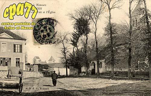 Châtenoy - Environs de Nemours - Chatenoy - L'ecole, le Château-Fort et l'Eglise