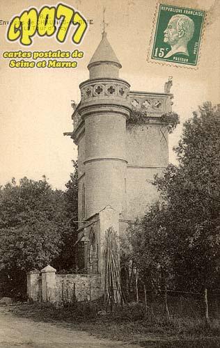 Chaumes En Brie - Environs de Chaumes-en-Brie - La Tour d'Arcy