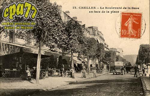Chelles - Le Boulevard de la Gare en face de la place