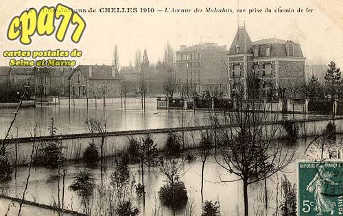 Chelles - Inondations de Chelles 1910 - L'Avenue des Mahulots, vue prise du chemin de fer