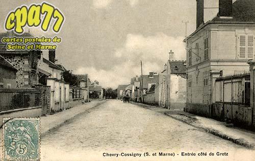 Chevry Cossigny - Entrée côté de Gretz