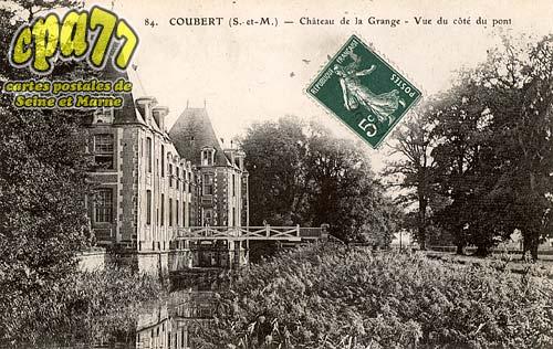 Coubert - Château de la Grange - Vue du côté du pont