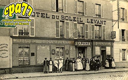 Coulommiers - Hôtel du Soleil Levant