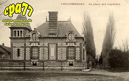 Coulommiers - La Place des Capucins