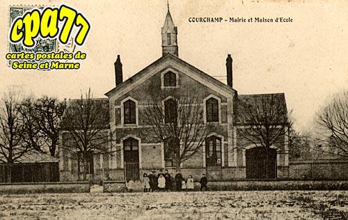 Courchamp - Mairie et Maison d'Ecole