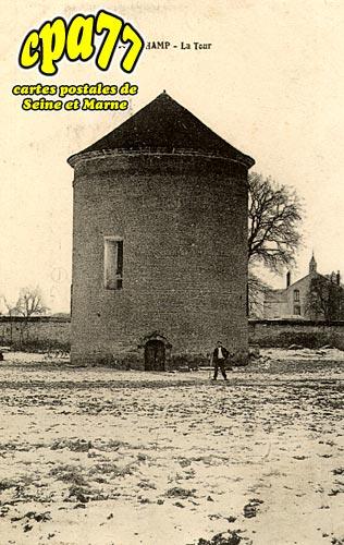 Courchamp - La Tour