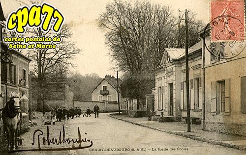 Croissy Beaubourg - La Sortie des Ecoles