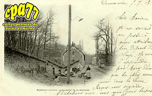 Dammarie Les Lys - Le Lavoir et la Fontaine