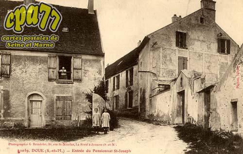 Doue - Entrée du Pensionnat St-Joseph