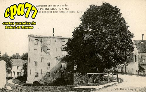 Douy La Ramée - Le Moulin de la Ramée - Incendié par les allemands pendant leur retraite (sept. 1914)