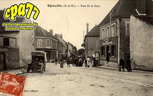 égreville - Rue de la Gare
