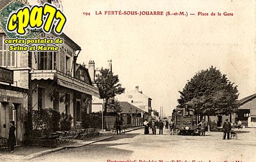 La Ferté Sous Jouarre - Place de la Gare