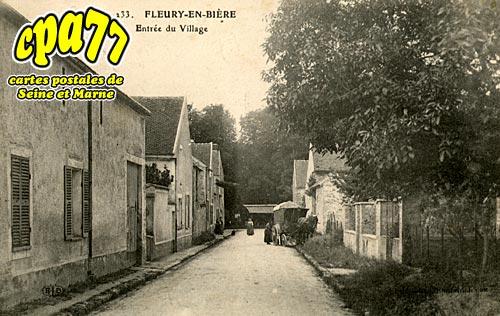 Fleury En Bière - Entrée du Village