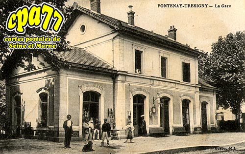 Fontenay Trésigny - La Gare