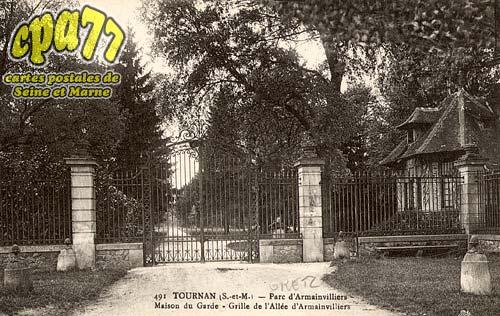 Gretz Armainvilliers - Parc d'Armainvilliers - Maison du Garde - Grille de l'Allée d'Armainvilliers