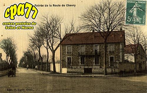 Gretz Armainvilliers - Entrée de la Route Chevry